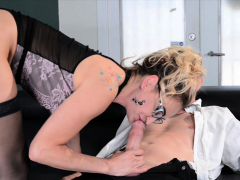 claudia-valentine-fucked-and-creampied-by-her-therapist