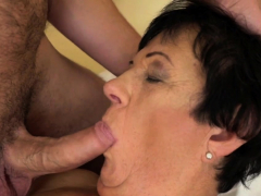 penetrated granny gets cum