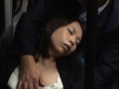 Breathtaking asian Momo Ogura gapes all the way