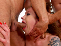 Monika Wild blowbanged by a group of guys until cumshot by