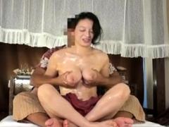 Beautiful big boobs Layla fingering juicy snatch
