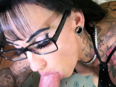 german-big-tits-amateur-tattoo-milf-fuck-hotel-boy