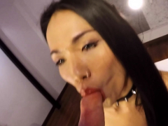 Guy Fucks Bareback Ladyboy Sugas After The Blowjob