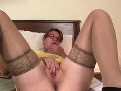 He older mother toying cunt before taboo sex