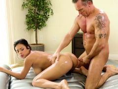 busty-autumn-falls-bounces-on-a-big-throbbing-cock
