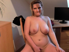 busty-chick-plunges-her-pussy-with-fingers