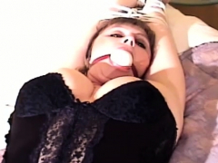 Tempting bimbo who likes sex more than anything else