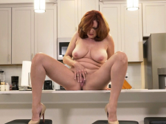florida-milf-rebecca-shows-what-s-cooking-in-the-kitchen