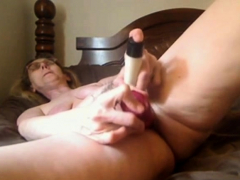 granny-mastrubating-on-skype