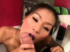 thai-girl-fucks-manager-for-a-job-at-interview
