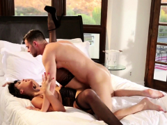 busty-glam-cougar-gets-fucked-by-young-lover