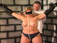 Gal plays along guy's desires in scoops torture sex scenes