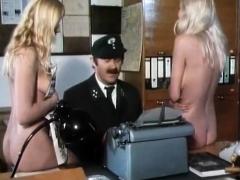 Deutsch-Komdie 10