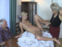 he-finds-her-blonde-gf-fucked-in-family-threesome