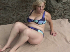 hot-grandma-gives-double-head-and-rides-outdoors