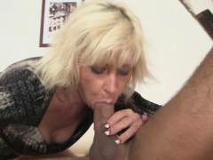 wife-finds-her-old-mommy-riding-his-cheating-dick
