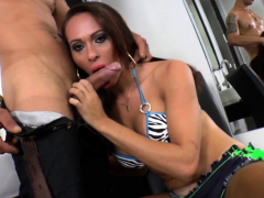 Trap trans babe anally slammed by her man