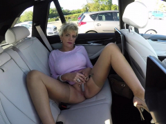 busty-mature-lady-sonia-masturbates-in-her-car