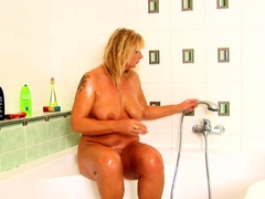 Soapy Mom Masturbating With Our Showerhead
