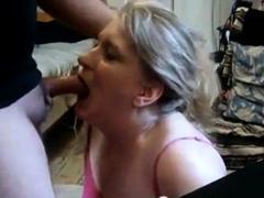 mature-girl-giving-head