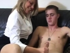 mom-blonde-masturbte-her-son