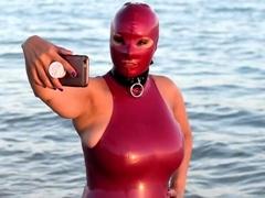 Susan Wayland Beach Fun Latex 2