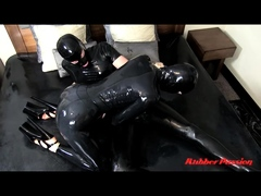 hot-latex-milf-in-sexy-black-latex-dress