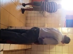 grandpa-spy-toilet-12