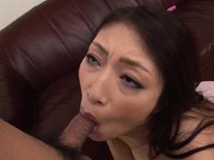 japanese-wife-reiko-kobayakawa-sucks-cock-uncensored