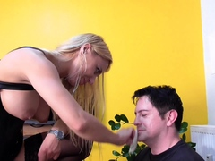 slave Bobby get soup with piss of princess nicole