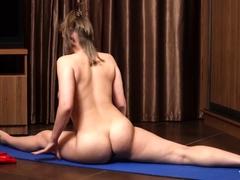 cute-flexi-stepsister-naked-workout