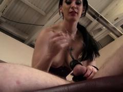 Facesitting-Torture Handjob!