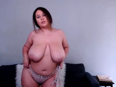 bbw with massive boobs on webcam 3 gives ca