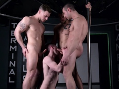 masqulin-gay-bottom-rimmed-and-barebacked-in-hardcore-group