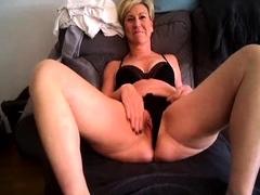 webcam-milf-with-breast-milk-live-hardcore-masturbate