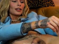 Horny TBabe FlowerAva in Blonde Hair on Webcam 4