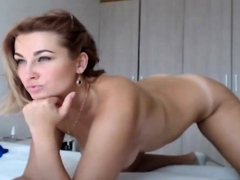 Hot and Sexy Babe Fingering Pussy on Cam
