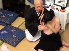 young-amateur-pussyfucked-by-old-guy