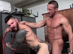 NASTYDADDY Myles Landon Receives Blowjob Before Raw Breeding