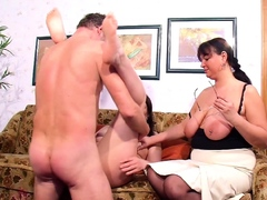 REAL GERMAN OLD COUPLE FIRST TIME FFM THREESOME WITH MATURE