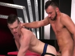 Rubber gay fisting xxx Sub sex pig, Axel Abysse crawls on